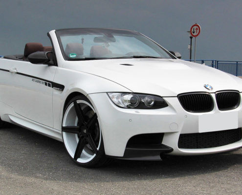 BMW M3 mbDESIGN KV1 9x20 + 10,5x20 custom painted - White/Black (Front)